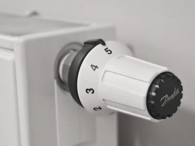 termostat-pomiar